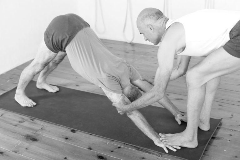 ad 20 e 768x512 - Eyal Shifroni about yoga practice for neck and shoulder pain, April 28